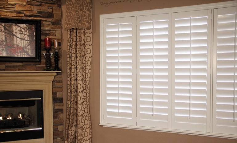 San Diego Studio plantation shutters in family room.